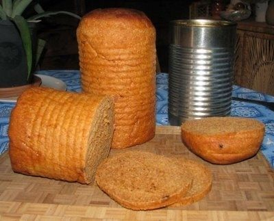 Make tin-can sandwich bread as a portable food option. | 41 Camping Hacks That Are Borderline Genius