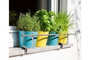 conseil decoration exterieure accessoires de jardin balcon terrasse support jardiniere chrome