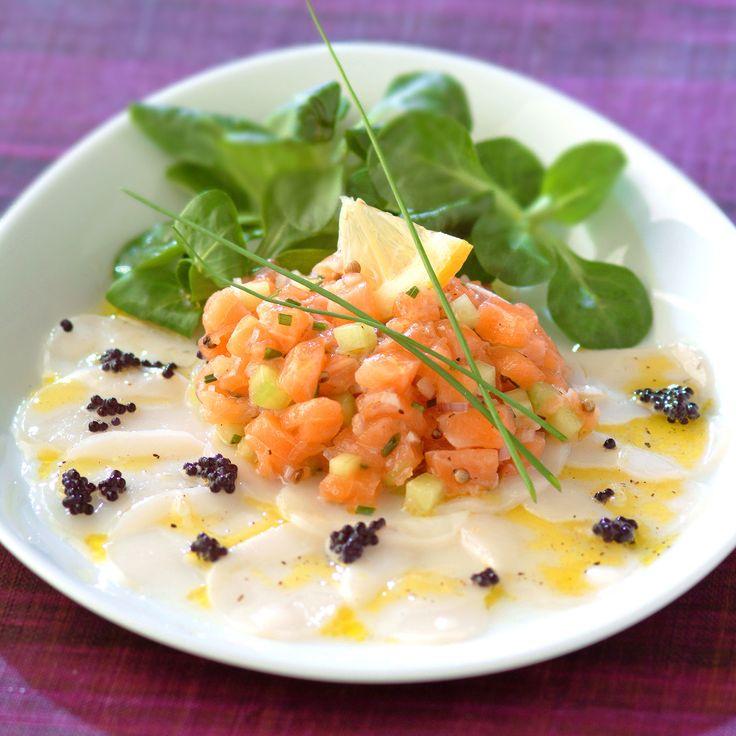 Découvrez la recette Tartare de saumon sur carpaccio de noix de saint-jacques sur cuisineactuelle.fr.