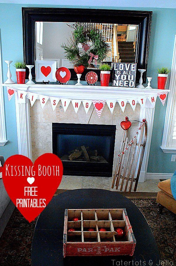 kissing booth free printables: Valentine'S Day, Heart Kiss, Pillows Tutorials, Booths Free, Valentines Day, Booths Printable, Pom Pom, Free Printables, Paper Rosette