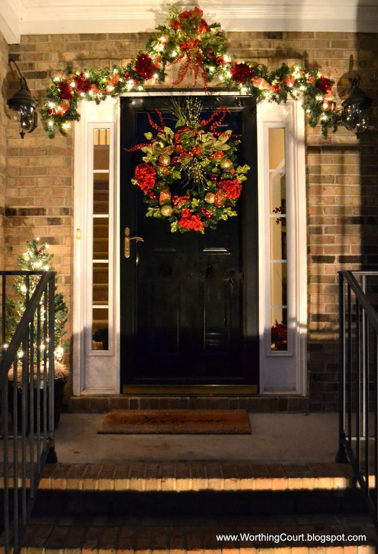 Fruit over the door christmas decoration - 50 Stunning Christmas Porch Ideas