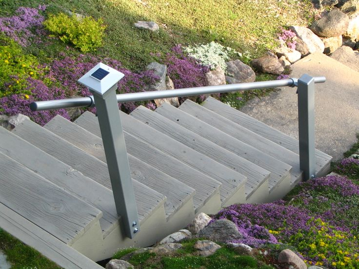 Best Added Handrails To Outdoor Stairs To Satisfy Home 400 x 300