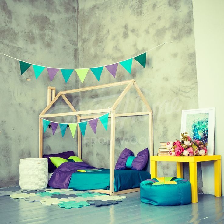 Barnerom, toddler bed, house bed, tent bed, children bed, wooden house, wood house, wood nursery, kids teepee bed, wood bed frame, wood house bed