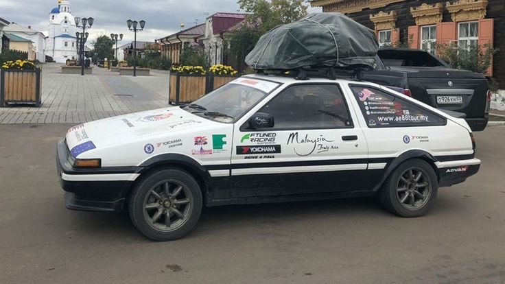 Toyota AE86 drives from Malaysia to the Nürburgring