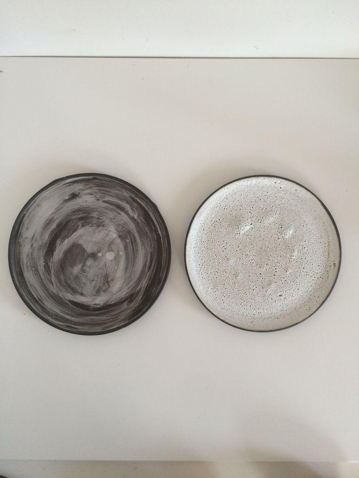 Black and white by spiek ceramiczny