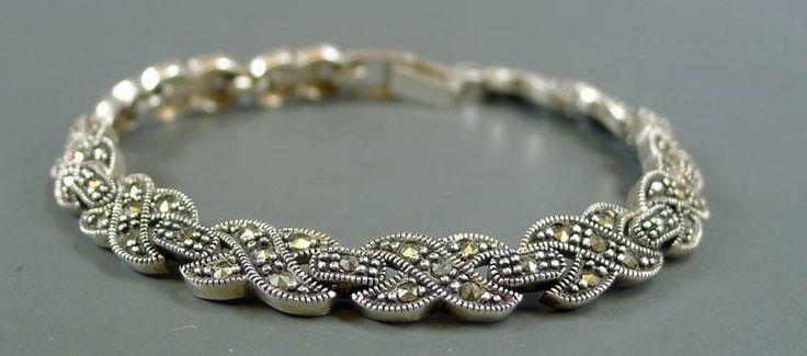 Armband med markasiter, 925 silver, 19,86g, stl: 19,5cm. på Tradera. Den perfekta Mors dag-presenten!