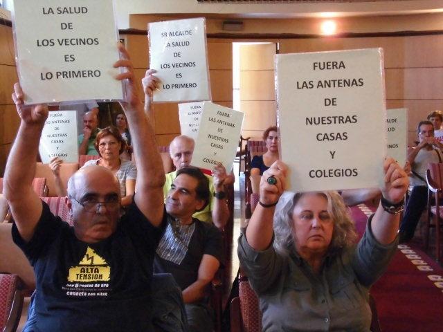 El Ayuntamiento de Candelaria se niega a ordenar y regular la instalación de antenas de telefonía móvil propuesta por Sí se puede - http://canariasday.es/?p=54928