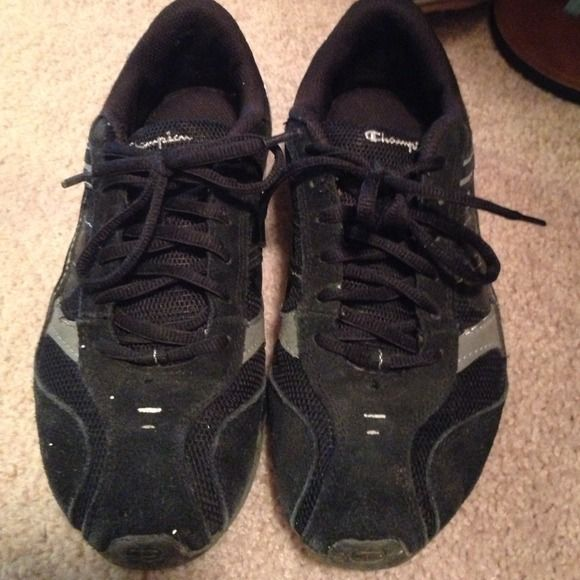 champion black tennis shoes