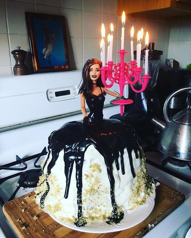 22 best Barbie Cakes images on Pinterest | Barbie cake, Barbie ...