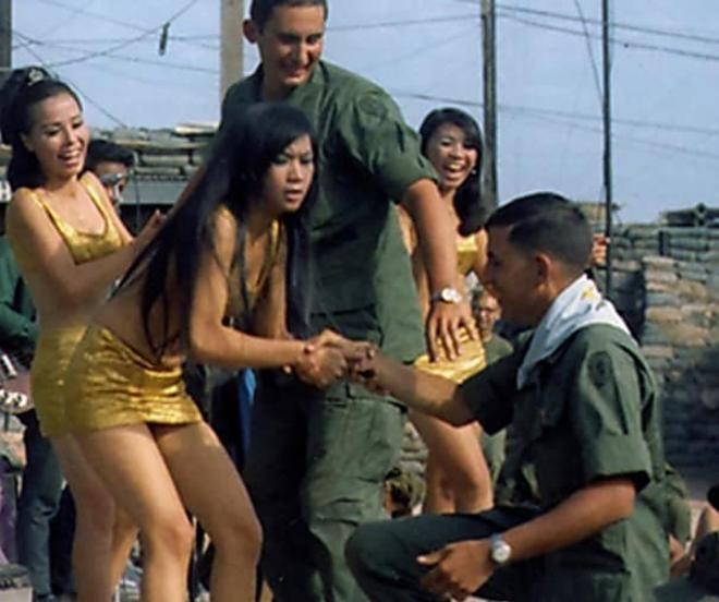 Korean Kittens Allery 30 Vietnam War Photographs That Are