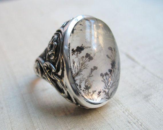 Serpentine Leaf Ring in Dendritic Quartz and door LuraJewelry, $445.00