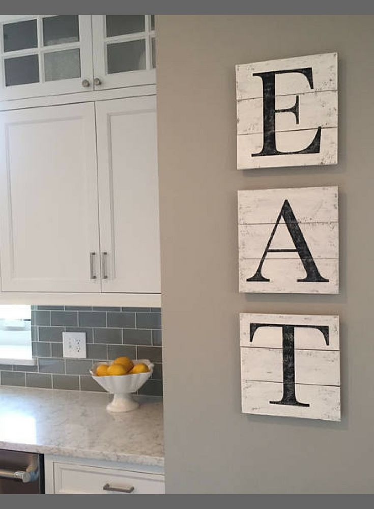 Perfect for kitchen or dining room! EAT sign, wood pallet, farmhouse sign, kitchen decor, shiplap decor, typography, rustic sign, rustic decor, home decor, dining room sign, farmhouse decor, #ad