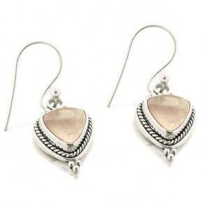 Boucles d'oreilles Nirina triangulaires en argent et quartz rose #bouclesdoreilles #silverjewelry #quartzrose