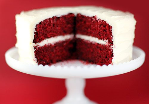 Red velvet wedding cake :)