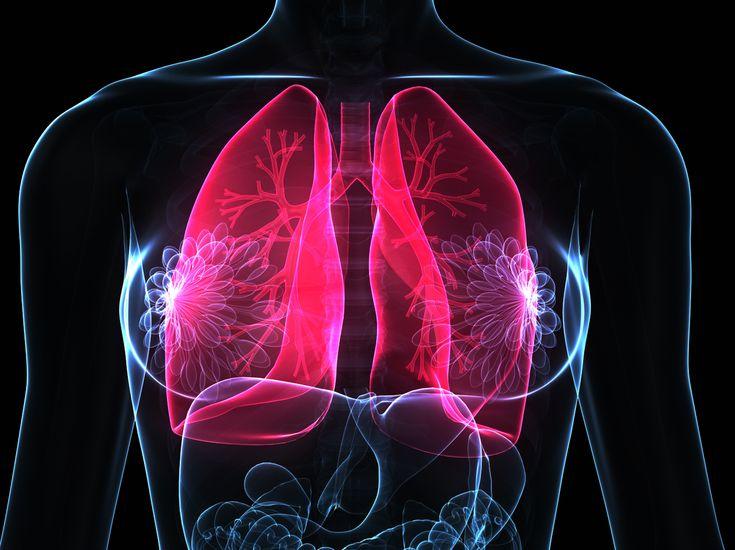Eine kalte Lungenentzündung ist schwer zu diagnostizieren. Typische Symptome wie Fieber fallen bei dieser Variante weg. Alles zur Ursache,