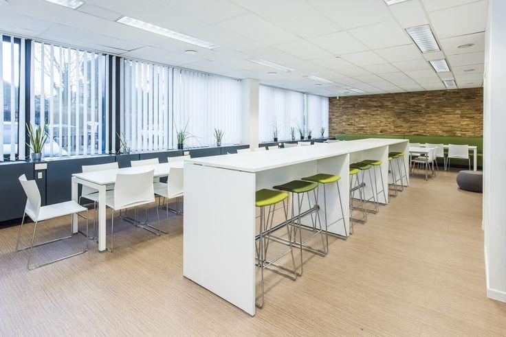 Projectinrichting kantine design kantoormeubelen groen - Ruimtebesparende mezzanine ...