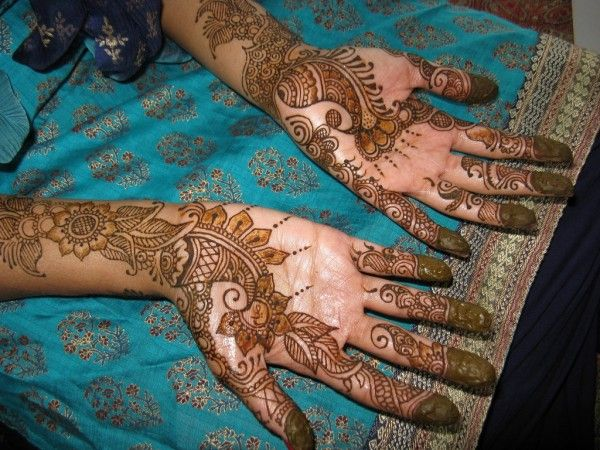 Pakistani Bridal Mehndi Designs Photos 2014 2015,There are many mehndi designs are available, such as Saudi designs, Mehndi Designs Pakistani Mehndi, India
