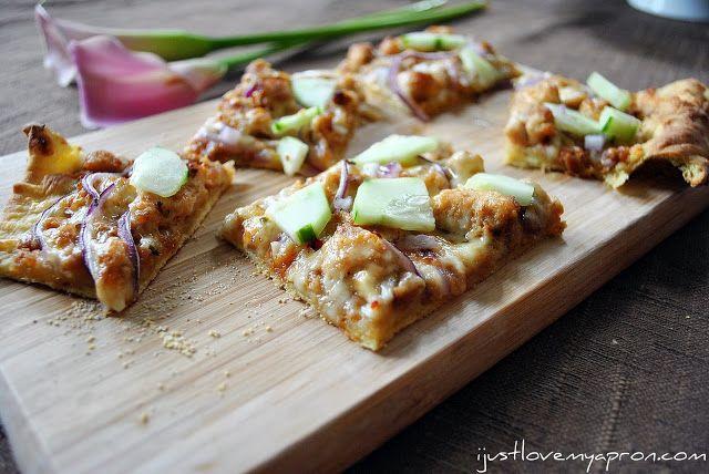 Chicken Satay Pizza!!!! | Food | Pinterest