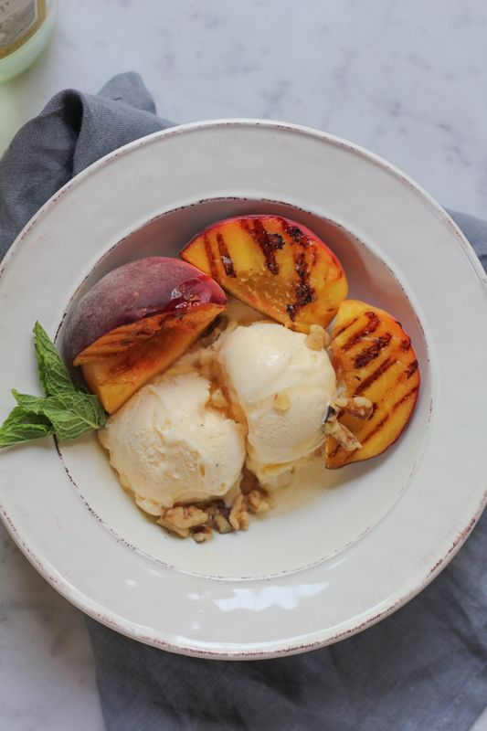 ... Grilled Peaches, Foodies Mom Good, Vanilla Ice Cream, Grilled Fruit