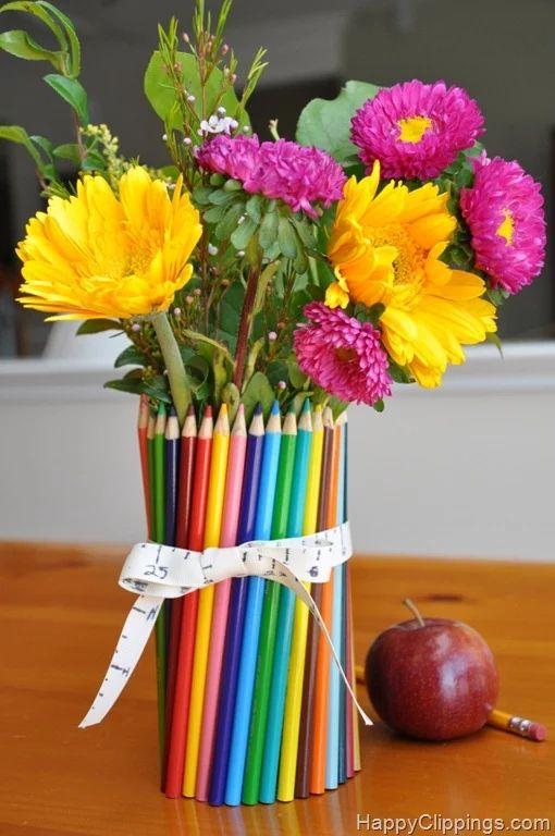 florero hecho con lpices flower vas with pencils ms ideas para hacer tus propios