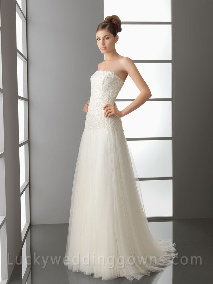 Ivory Full A-Line Wedding Dress with Embroidered Bodice
