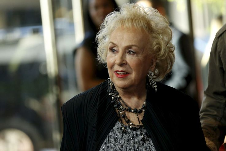Doris Roberts, the actress who played the meddling mother next door in hit US sitcom 'Everybody Loves Raymond', has died at the age of 90.  Roberts won Emmys for her beloved performance as Marie Barone, mother to Ray Romano's sports writer, from 2001 to 2005.  Taking to Twitter, Patrica Heaton, who played