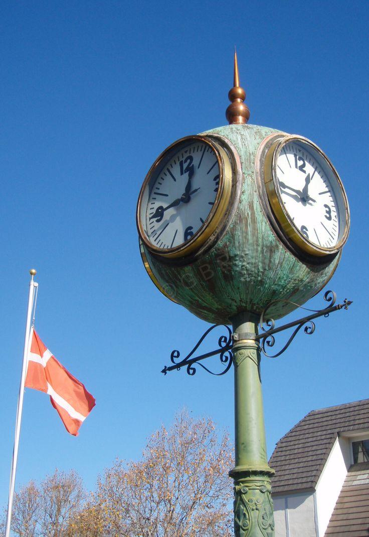 Solvang - Le drapeau danois flotte en Californie
