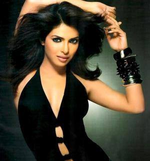 K C Bokadia's Deewana Main Deewana has plans to release soon and the latest news is that Priyanka has come forward to help for the smooth release of the movie. for this movie, Priyanka has shot a special item number which is a famous Punjabi folk number 'Kala Doriya'.