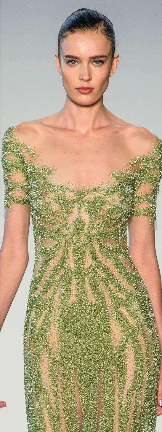 Tra le tendenze moda 2017 c'è anche il Greenery, il colore più cool dell'anno secondo Pantone.