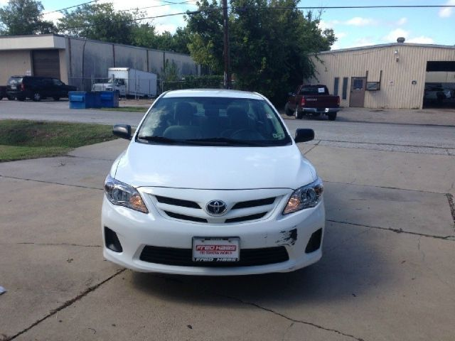 This  2011 Toyota Corolla Base 4dr Sedan 5M offers you 79,220 miles  mileage. Buy it only at $10,500.