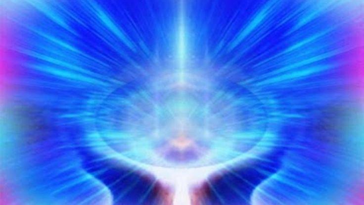 Бог есть Закон, и все законы исходят от Него. Но Он и выше всех законов. Все законы Всевышнего распространяются на все мироздание и касаются всех и каждого. Воля Божья — это изъявление голоса Всевы…
