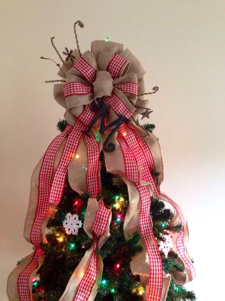 Make A Tree Topper Christmas Bow