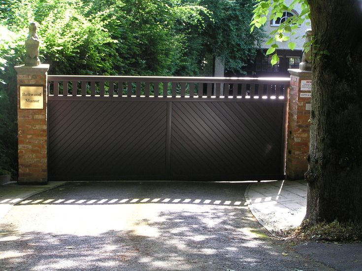 Aluminium driveway entrance gates sunshine coast brisbane for Aluminum gates for driveways
