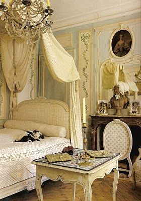 Lillian Williams's bedroom with mostly eighteen-century Swedish Gustavian furniture, in the Chateau de Morsan in Normandy, France, from the Picture of Elegance blogspot.