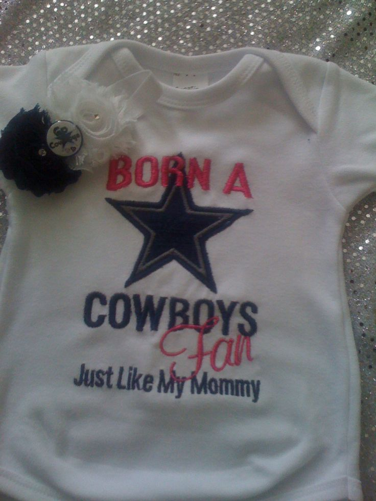 This onsie can be made for boy or girl and can be made to say Cowboys Fan Like Mommy or Daddy. please specify wich you would like and size, also if you prefer a different color onsie or shirt please leave that as well
