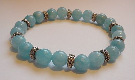 'At the dead of winter' - 8mm akvamarin mineral pearl bracelet   http://www.meska.hu/ProductView/index/1093121
