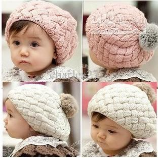 Not that I'm having babies anytime soon but loooook at this cute hat!!!