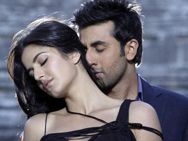 If the reports are to be believed, Ranbir Kapoor and Katrina Kaif recently met at the latter's house. We wonder why?