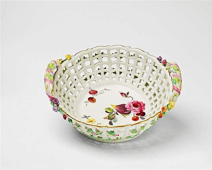 A Berlin KPM porcelain basket from the dinner service for the Landgrave of Hesse-Darmstadt
