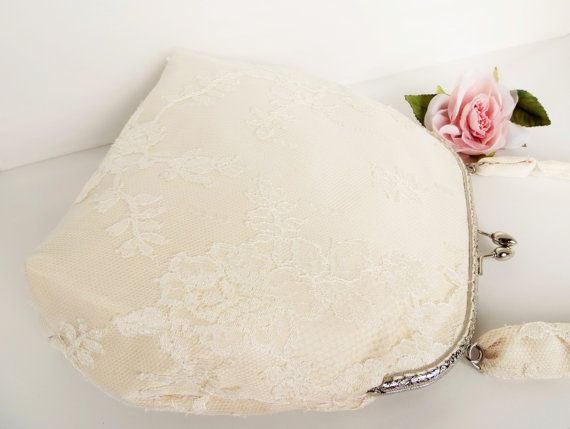 Bridal clutch in silk and lace Vintage inspired by LoveThirties,