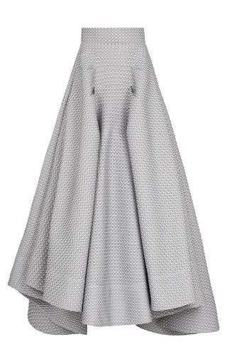 The shape of this skirt is really nice - modern hemline because it is not the same length all the way around. Lots of volume but with a very fitted waist = flattering. Sew with Threadhead TV. ~Atomic Full Skirt by MATICEVSKI Now Available on Moda Operandi