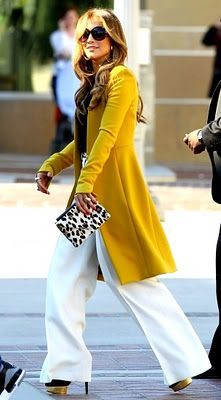 Yellow coat, leopard clutch: Leopards Clutches, Jennifer Lopez, Style, Outfit, White Pants, Animal Prints, Yellow Coats, Yellow Jackets, Mustard Yellow
