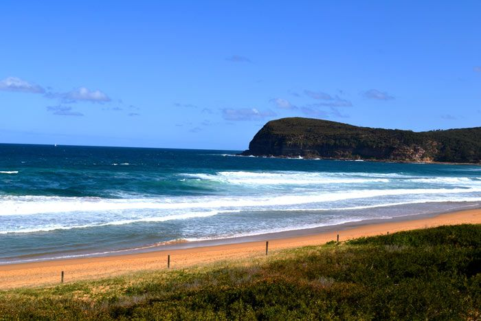 Copacabana & Macmasters Beach is a 1.4 km stretch on the Central Coast of NSW Australia approximately 45 minutes drive north of Hornsby or a 90 minute drive from Sydney CBD.