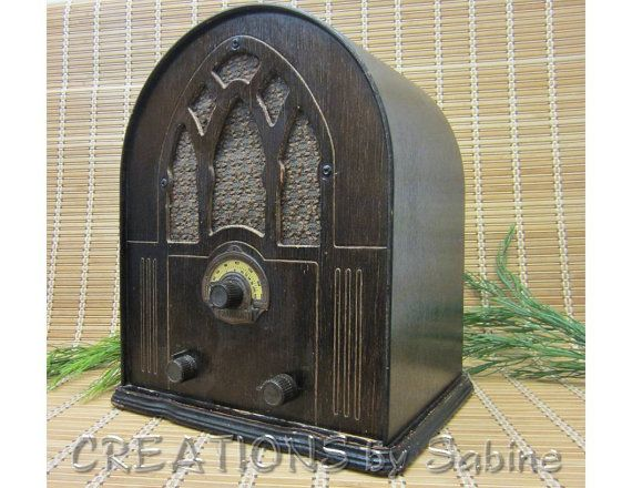 Radio Wood Cathedral Tabletop Style Am Fm Afc Franklin