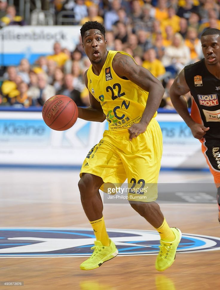 Will Cherry of ALBA Berlin handles the ball during the game between Alba Berlin and ratiopharm Ulm on october 1, 2015 in Berlin, Germany.