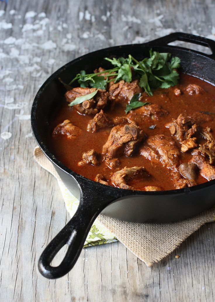 CHETTINAD CHICKEN CURRY ~~~ recipe gateway: this post's link + http://indianfood.about.com/od/southindiancuisine/r/chknchettinad.htm + http://kurryleaves.blogspot.com/2014/03/chettinad-chicken-curry.html + http://www.spicytreats.net/2013/08/chettinad-chicken-chettinad-chicken.html + a version throwing okra into the mix http://www.seriouseats.com/recipes/2012/12/chicken-dinners-chettinad-chicken-curry-okra-recipe.html [India, Regional Chettinad [foodfashionparty] [seriouseats]