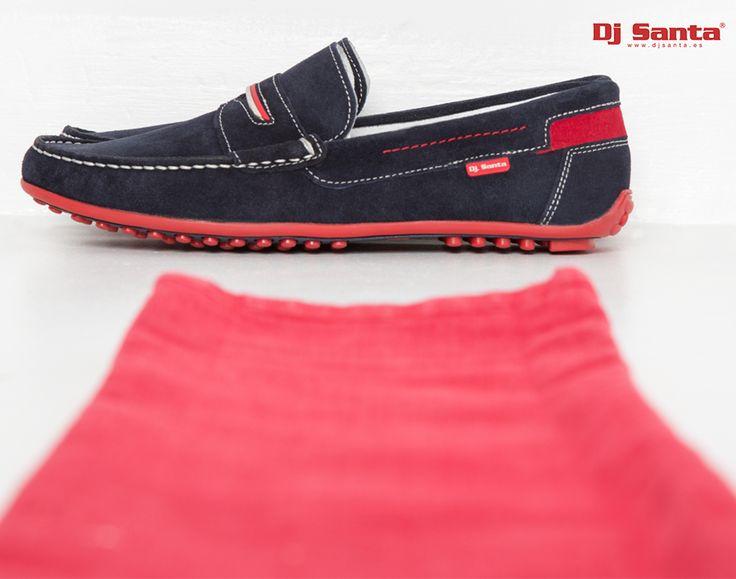 Elegancia #DjSanta ¡para hombres con estilo! #menstyle #mensfashion #shoes #zapatos #estilo #look #men #mocasines #madeinspain #calzado #blue #red