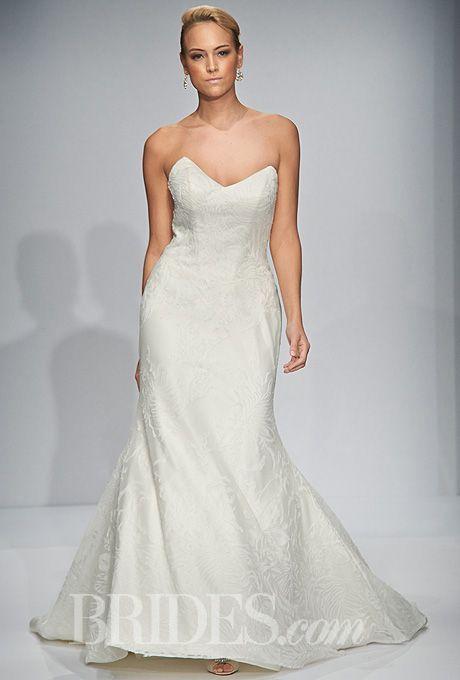 Tendance Robe du mariée  2017/2018  Brides.com: Matthew Christopher Couture strapless wedding dress Fall 2014 | Clic