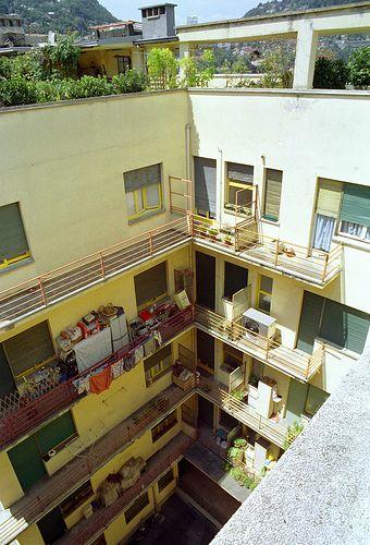 como - novocomum courtyard view