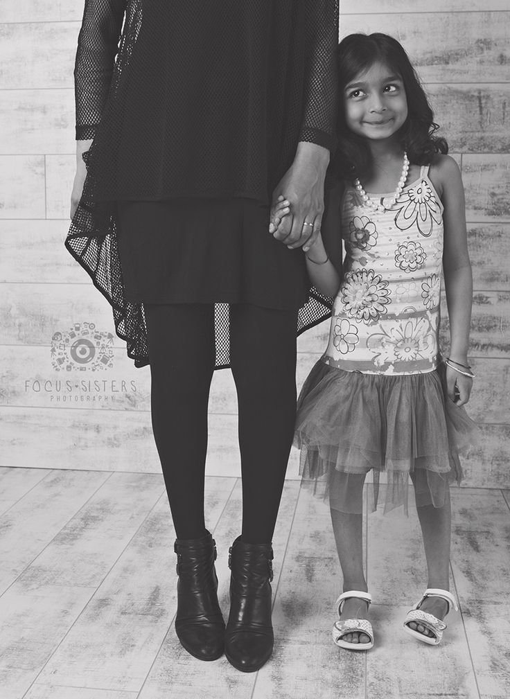 Mom and Daughter | Family Photography | Calgary, Alberta | Focus Sisters Photography